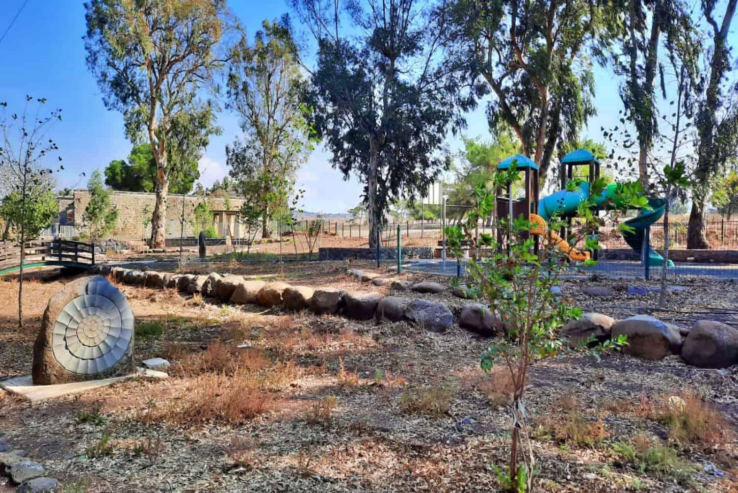 פארק עורבים וארמון האמיר, צילום אבישג מירוני (1)